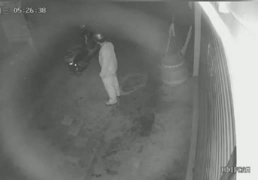 偷钱偷车偷手机的见多了,但是你见过偷锣鼓的吗