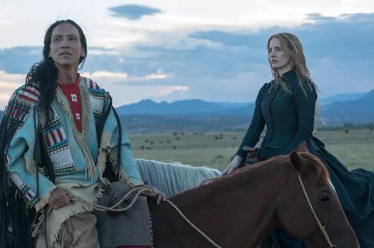 劳模姐新片曝预告 代言印第安人成《女先行者》