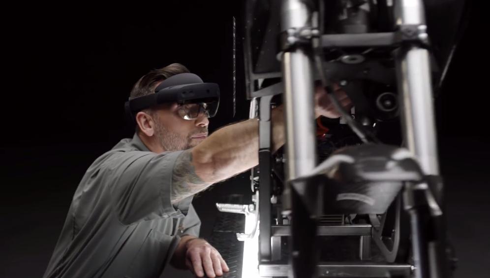 申搏:性能退化还是低贱 微软第二代高端MR眼镜HoloLens 2公布