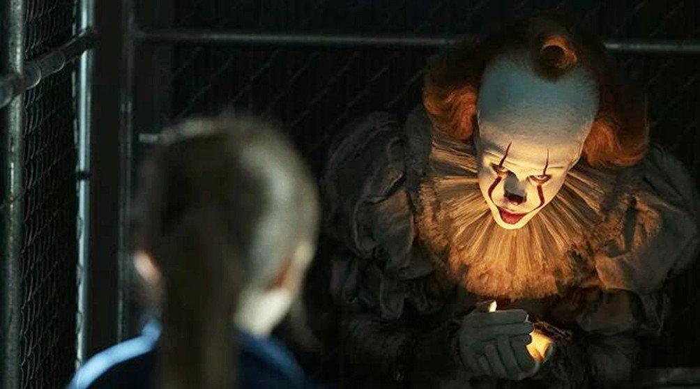 小镇命案频发,警员案发地查看后脸色大变,原来是小丑重返人间