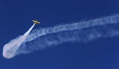 视界   雅典:飞行表演