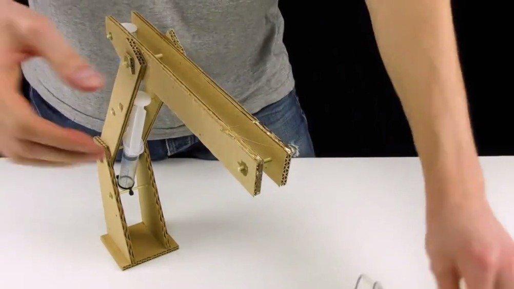 液压机械臂