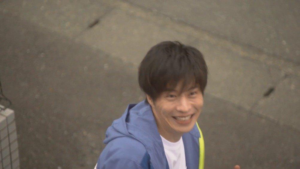 电视剧《轮到你了》的主人公田中圭饰演的手塚翔太演唱的