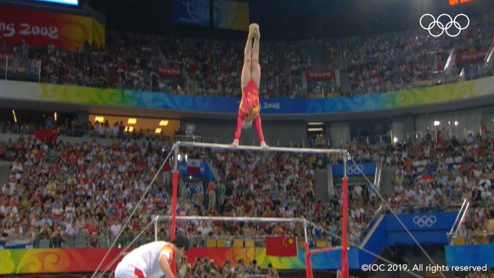 11年前的今天,在2008年北京奥运会女子高低杠决赛中,