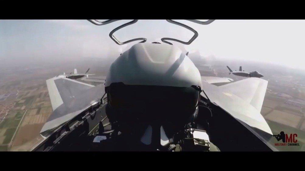 外国网友制作的中国武装力量视频合集~帅爆了~~