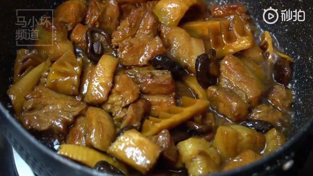 鲜竹笋焖五花肉