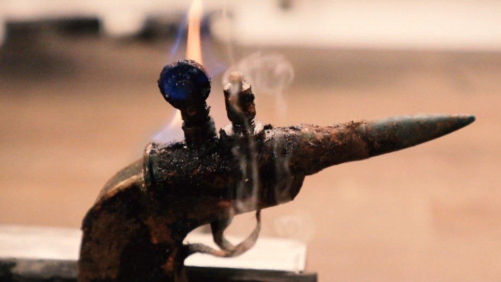 油管大神修复一只第一次世界大战时期的打火机