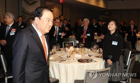 安倍要求韩国道歉 安倍和韩国议长互怼