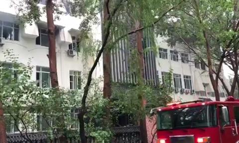 哈尔滨一温泉酒店火灾已致16死 搜救工作展开|太阳岛