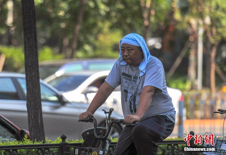 【王者斗地主牛牛挂】港媒:中国街头寻常小吃风靡伦敦 排队购买成时尚