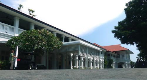 这是6月6日拍摄的新加坡圣淘沙岛上的嘉佩乐酒店。新华社发