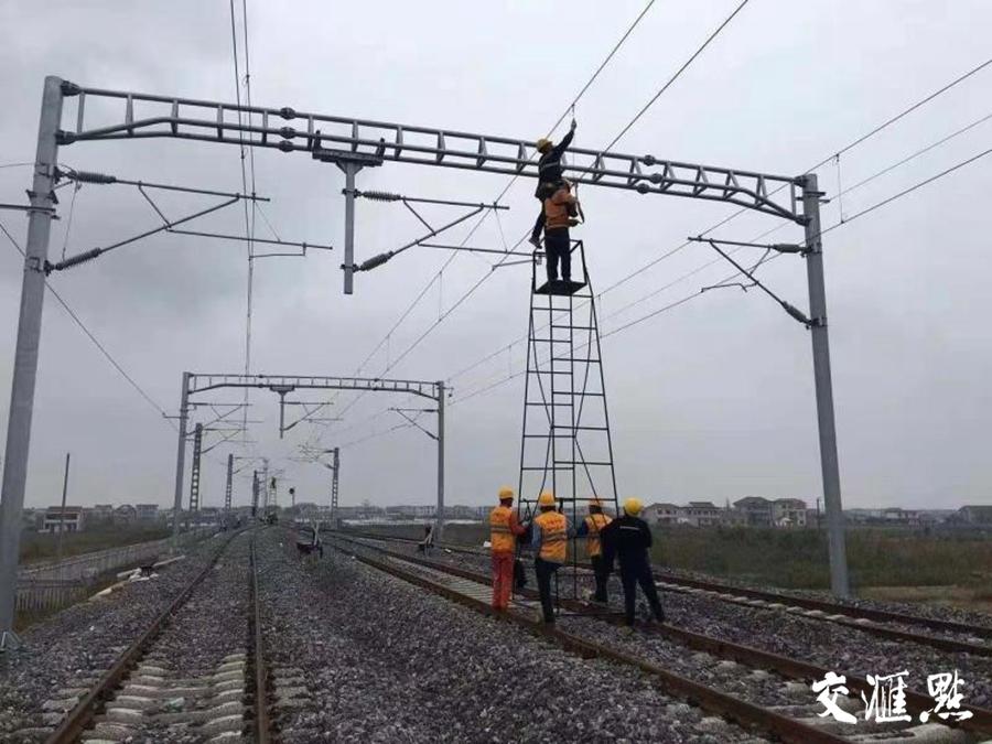"""宁启铁路二期""""送电成功""""年底前将满足运营条件"""