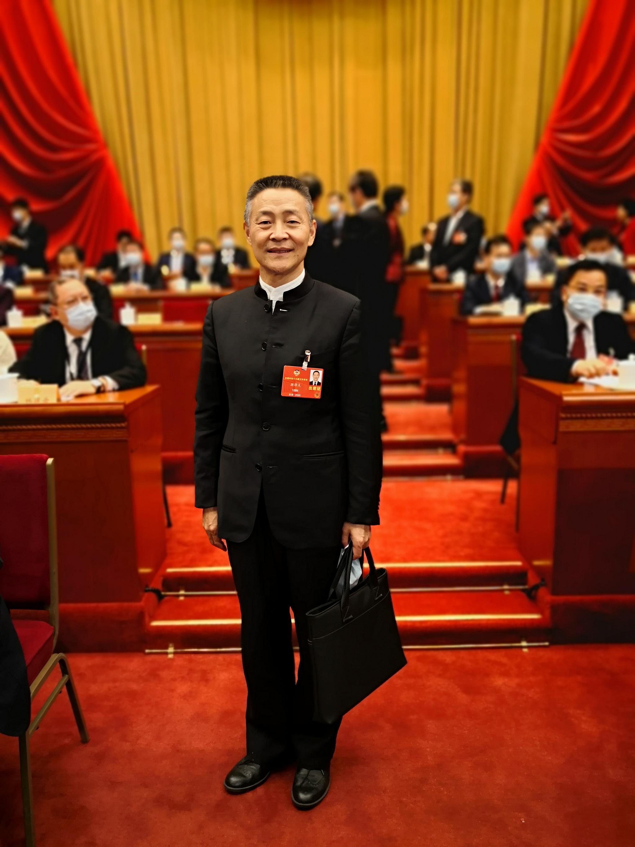 【两会好声音】斯泽夫委员:推进制造业高质量发展 将世界市场变为中国市场的一部分图片