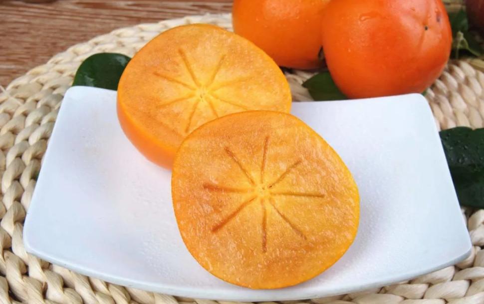 柿子冰糖泡酒的方法 怎样泡野柿子冰糖酒?