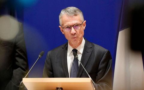 图片说明:巴黎检察官让-弗朗索瓦·里卡尔确认案件带有恐怖主义性质。(法新社)