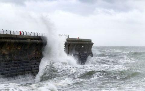 英国将迎来两周的强降雨 11月还将出现多雨多风的天气
