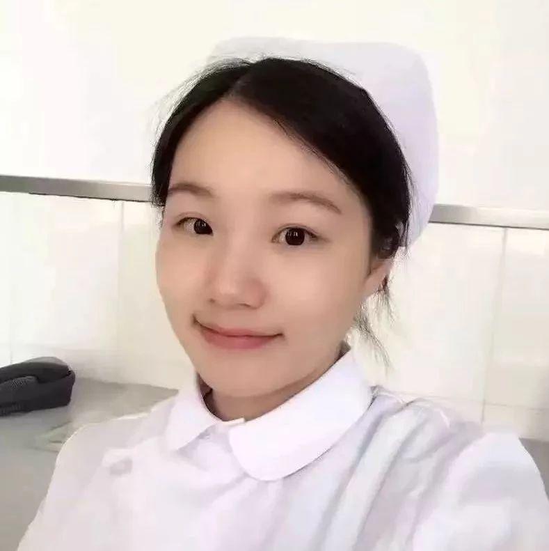 美女护士的小穴视频_怀孕5个月美女护士下楼吃饭,遇到的一件事让