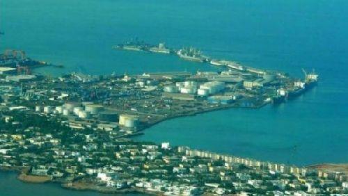 ▲吉布提的一个港湾(法国国际广播电台网站)