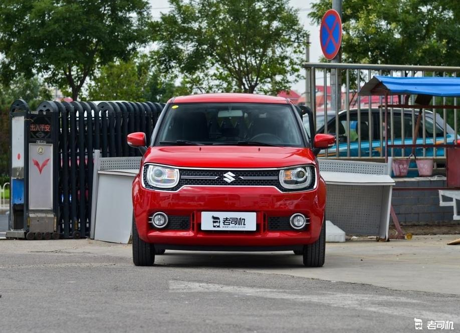「到店实拍」小型车在我国过的有多惨? 英格尼斯也就露了个脸