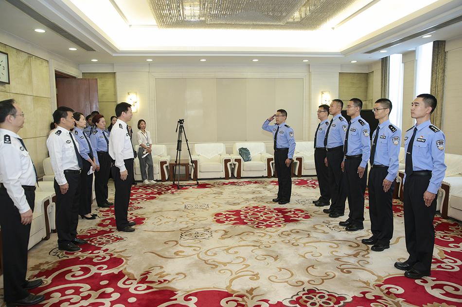 6名中国民警将前往塞尔维亚,开