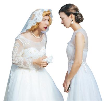 《李茶的姑妈》回应低俗:性桥段为讽刺贪婪