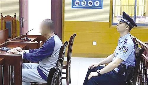 良庆区两名保安掐架对簿公堂 伤人者被索赔十多万元