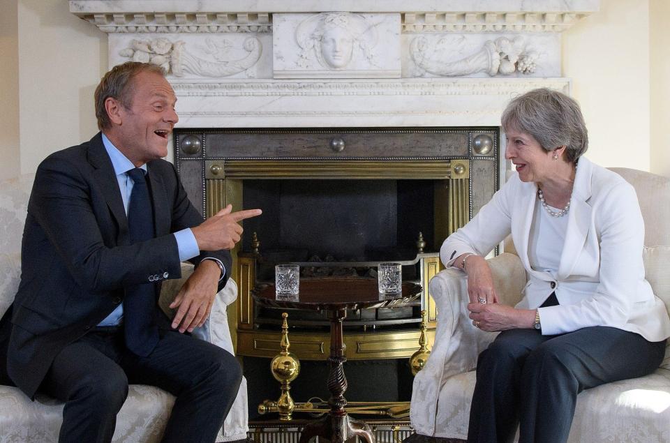 英国首相特雷莎·梅和欧洲理事会主席唐纳德·图斯克。
