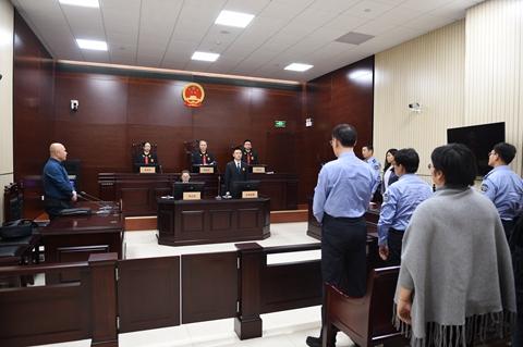 一中院:张勇开庭审理一起校园食品安全行政处罚案件