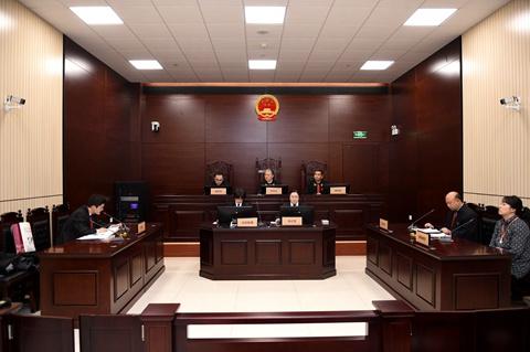 一中院院长张勇公开审理一起交通事故责任纠纷案