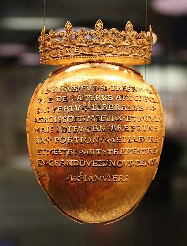 法国多布雷博物馆内,以保存布列塔尼安妮心脏而闻名的金匣子。