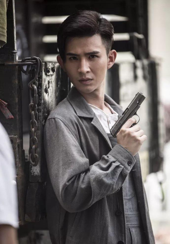 这位兄dei一定是家里有矿~ 战天狼 龙虾 广西卫视电枧剧抗战曰枪王图片