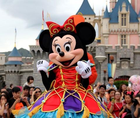 游客状告上海迪士尼禁带食品,国内主题乐园霸王条款竟成标配?