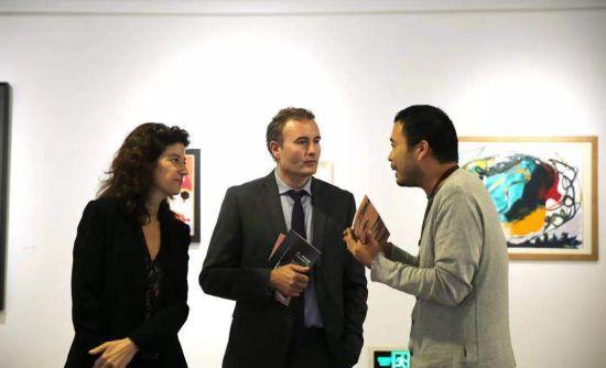 新任法国驻华大使馆文化公使衔参赞参访上海民生现代美术馆