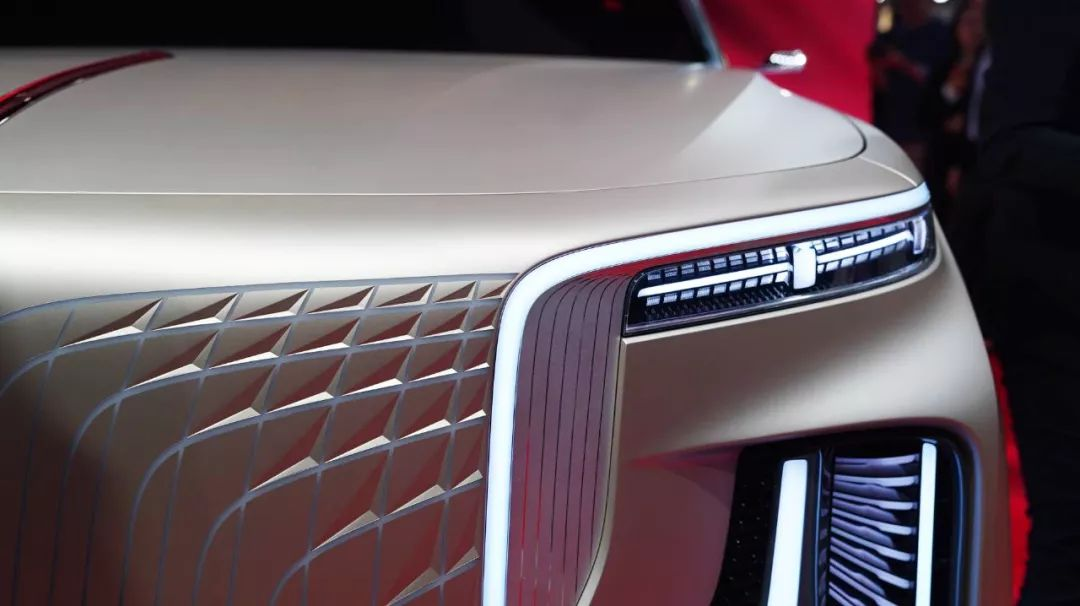 4秒不到破百、支持L4级自动驾驶!这台红旗SUV真牛!