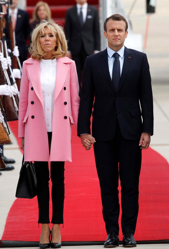 马克龙23日携夫人布丽吉特抵达美国,开启了为期三天的访问行程。