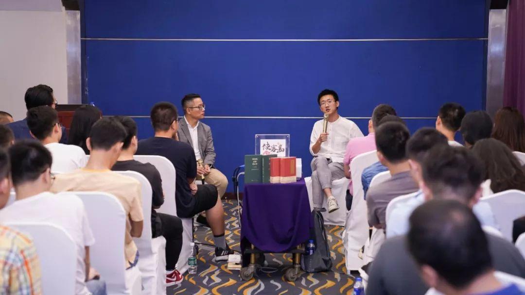 众鑫真人娱乐-1万多瓶1499元的贵州茅台遭疯抢,Costco又霸屏了!网友称要排队五六个小时