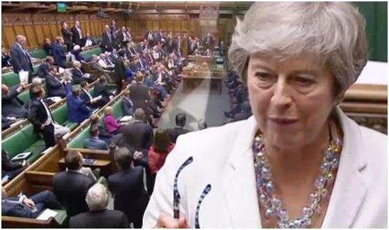 """特蕾莎·梅重返议会感叹""""这场面似曾相识"""",约翰逊:我懂你"""