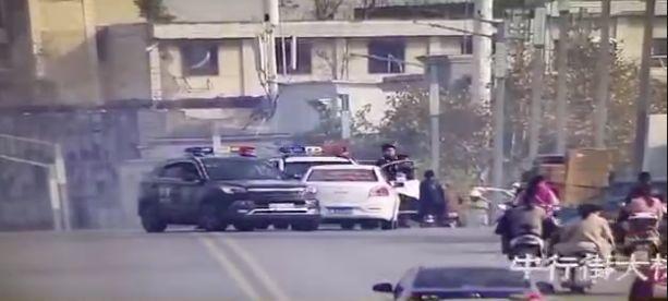 一大桥上,阜阳警方驾车围堵!抓捕现场,惊心动魄!