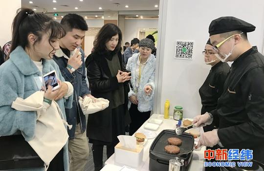 「天际亚洲官网网址」蔡琴综艺首秀引网友点赞:也太可爱了