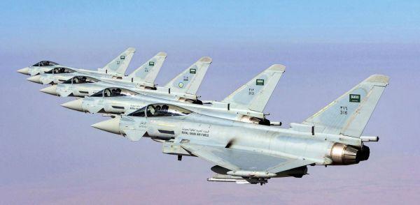 """資料圖片:沙特空軍""""颱風""""戰機編隊。(圖片來源於網絡)"""