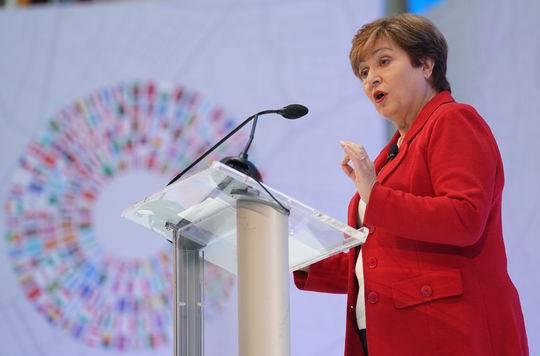 IMF女总裁将推改革 实现男女薪酬公平