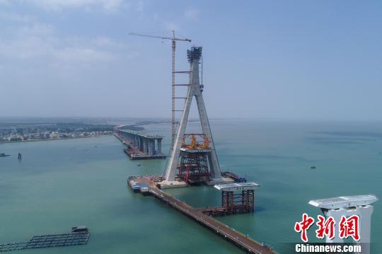 是迄今为止亚博app官方下载规模最大的跨海桥梁工程qq飞车车队头