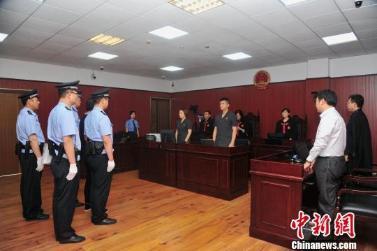 11日,江苏盐城市中级人民法院在大丰区人民法院公开宣判东台市原副市长吴晓东受贿案。法院供图
