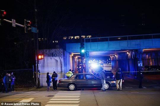 日本皇宫上空出现不明灯光闪烁 警方展开调查