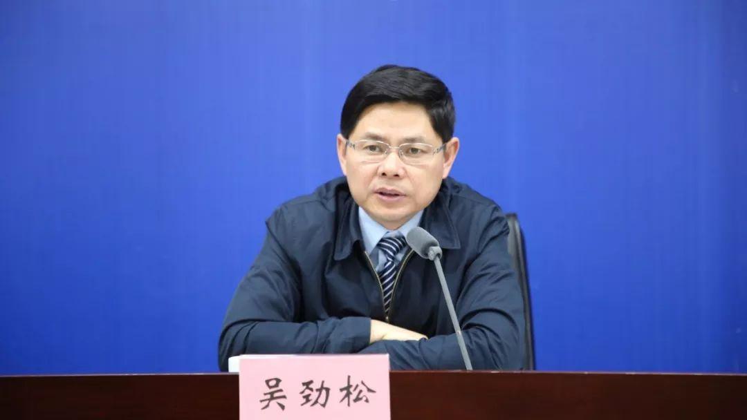 发布人:安徽省统计局党组书记,局长吴劲松(夏雨晴 摄)