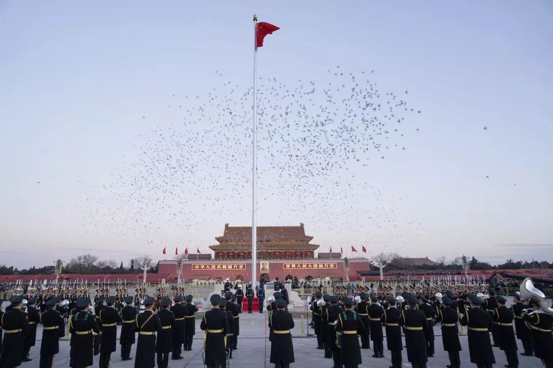 解放军天安门广场全新升旗仪式 七大变化图片