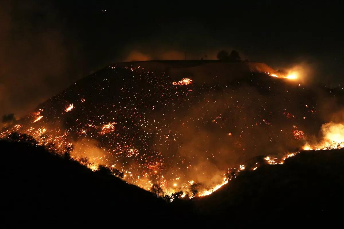 洛杉矶周边丛林火灾图片