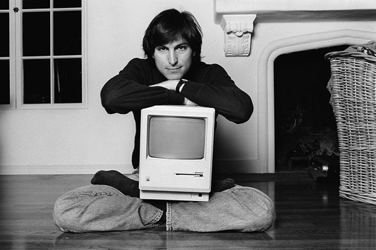 黑微软,怼 Android,苹果这 40 年的广告恩仇录