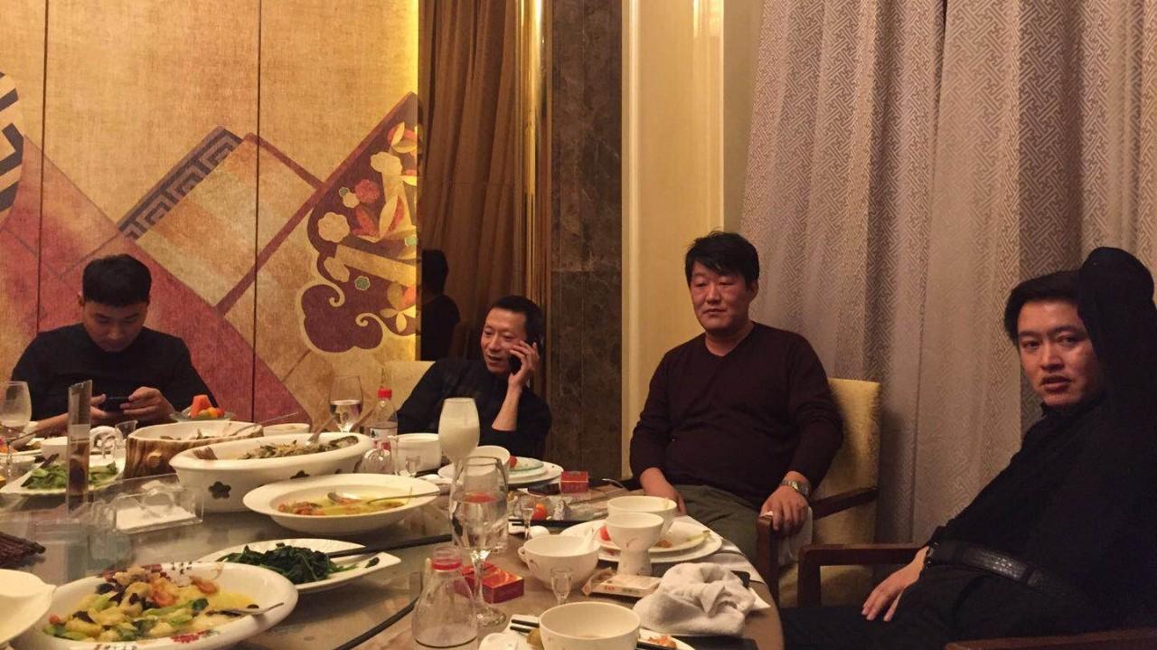 我和泰无聊陆巧林,太灵通蒋俊峰的一顿饭,一切就像新婚之夜那般美好!