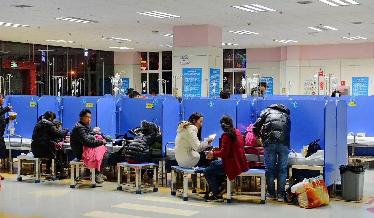 每天8000人挤爆儿童医院!卫计委:昆明未现流感疫情大面积爆发